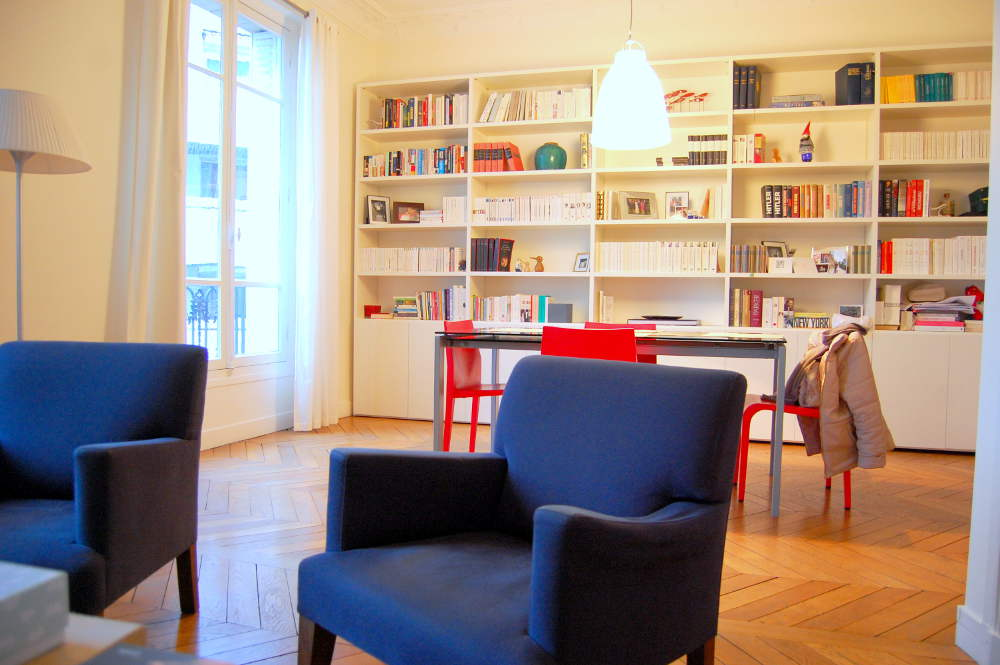 photo blibliothèque de livres appartement Paris